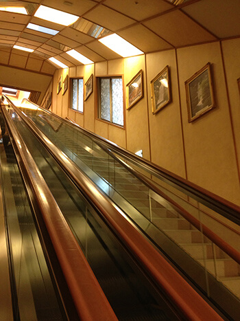 pic_escalator_Re