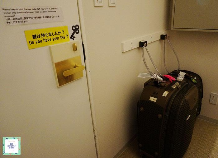 แนะนำที่พักโตเกียว ที่วางกระเป๋า